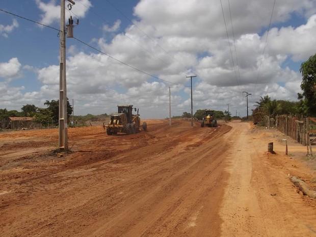 Construção dos acessos começou em agosto deste ano (Foto: Fernanda Zauli/G1)