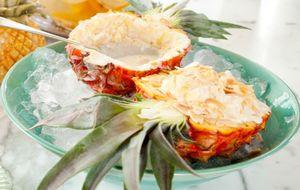 Doce de abacaxi com sorvete de creme