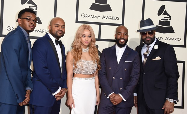Membros do grupo Vocally Challenged no Grammy 2016 (Foto: Getty Images)