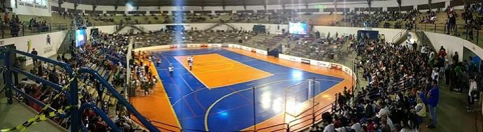 Santa Cruz x Ourinhos - Copa TV TEM Futsal 2017 (Foto: Sérgio Pais)