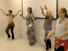 Mulheres superam traumas do câncer com aulas de dança do ventre