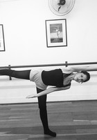 Jessika Alves mantém a forma com aulas de dança: 'Saio exausta'