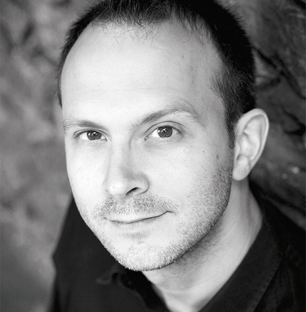 O jornalista Tim Harfordsai é um ávido defensor da bagunça (Foto:  )