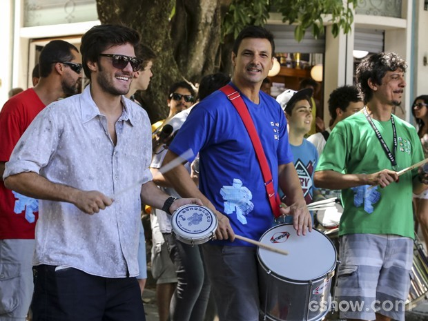 O Monobloco também transformou o bairro em baile de carnaval (Foto: Vídeo Show / Gshow)