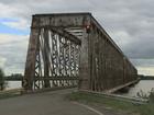 Cheia causa interdição na ponte sobre o Rio Ibicuí na BR-472 no RS