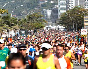 corrida Meia Maratona Rio de Janeiro (Foto: Marcos Tristão / Agência O Globo)