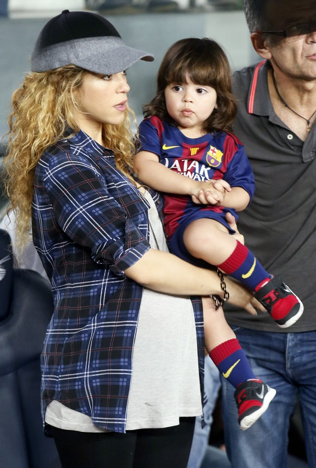 Shakira e Milan (Foto: REUTERS/Albert Gea)