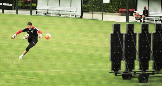 bola para frente (Marcos Ribolli)