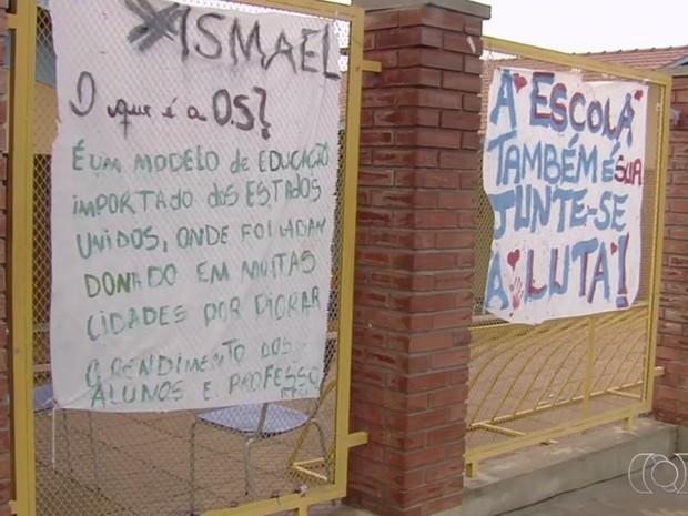 Seduce afirma que não é possível confirmar matrícula em escolas ocupadas Goiânia Goiás (Foto: Reprodução/TV Anhanguera)