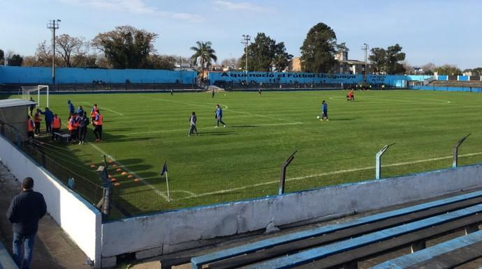 """Liverpool-URU """"Aqui nasceu o futebol uruguaio"""" estadio Belvedere (Foto: Reprodução Twitter)"""