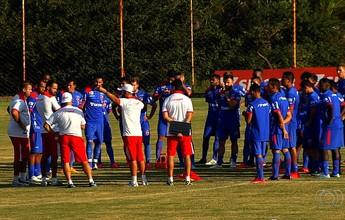 Vila encerra ciclo de contratações,  mas ainda pode liberar mais atletas