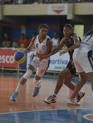 Iziane - Maranhão x Sport - LBF 2013 (Foto: Biaman Prado/Divulgação/MB)