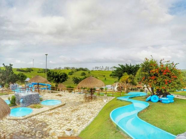 Visitantes podem se divertir no parque aquático e participar de brincadeiras (Foto: Rodrigo Vasco)
