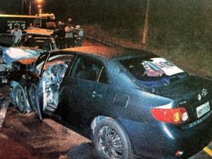 Acidente deixa três mortos na ES-010. (Foto: Fábio Vicentini/ A Gazeta)