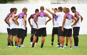 À espera do Triangular Final, Campos dispensa Júnior Pagode e goleiro Piu