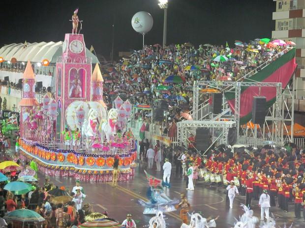 Maracatu da Favela, bicampeã em 2013, fechará os desfiles (Foto: John Pacheco)