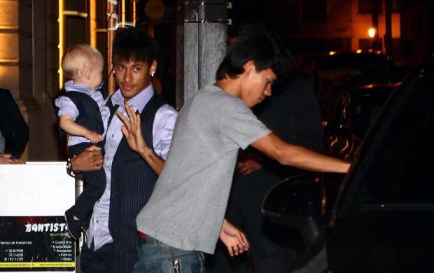 Neymar na festa de Davi Lucca (Foto: Rogério Soares/A Tribuna de Santos)
