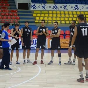 Equipe sub-21 durante o treino desta semana (Foto: Juliana Kageyama)
