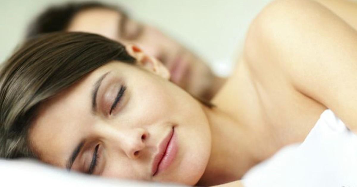 Dormir demais é mais prejudicial à saúde do que dormir de menos, dizem estudos