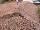Após chuva, obra de contenção da Estrada de Ferro desbarranca, em RO