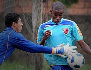 Yguinho ex-flamengo  (Foto: Divulgação / Site Oficial do Flamengo)