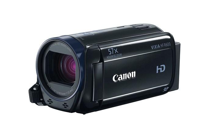 Vixia HF R600 traz zoom óptico de até 32 vezes (Foto: Divulgação/Canon)