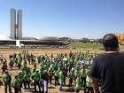 Lotéricos protestam no DF contra licitação para troca de 6 mil agências