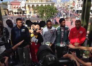 Ronaldo, Elias, Ronaldinho, D'Alessandro, Mickey, Florida Cup (Foto: Glauco Pasa / RBSTV)
