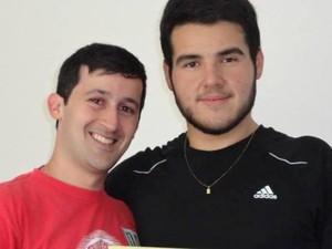 O professor de educação física Rafael e o aluno Andrei (Foto: Arquivo Pessoal/ Andrei Drummond)