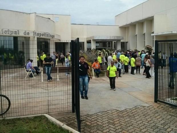 Velório foi realizado na Câmara Municipal de Itapetininga (Foto: Cláudio Nascimento/ TV TEM)