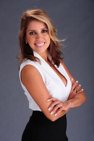 Paula Pereira se prepara para viver a manicure Dilceia (Foto: Estevam Avellar / TV Globo)