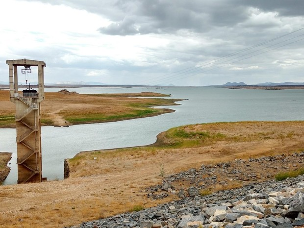 Barragem seca no RN (Foto: Anderson Barbosa e Fred Carvalho/G1)