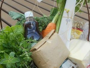 Cestas com variado mix de produtos orgânicos são entregues nas casas dos clientes (Foto: Bárbara Behs/Divulgação)