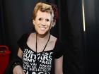 Bia Arantes posa com máscara do Jon Bon Jovi: 'Vou usar no show'