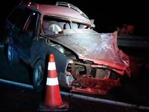 Acidente causa morte de motorista de carro em Capão Alto (SC) (Foto: Polícia Rodoviária Federal)