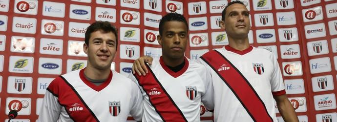 Ronaldo Mendes, Marcelo Macedo e César Gaúcho são apresentados nesta sexta-feira (Foto: Rogério Moroti/Ag. Botafogo)