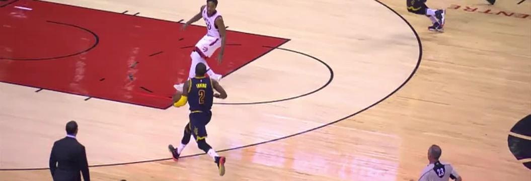 Belas jogadas de Lebron no jogo entre Cavaliers e Raptors