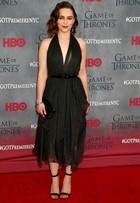 Veja o look das atrizes na première de 'Game of Thrones'