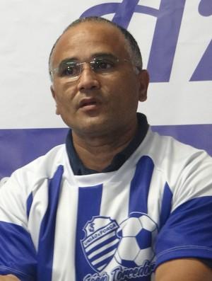 Oliveira Canindé, técnico do CSA (Foto: Paulo Victor Malta/Globoesporte.com)
