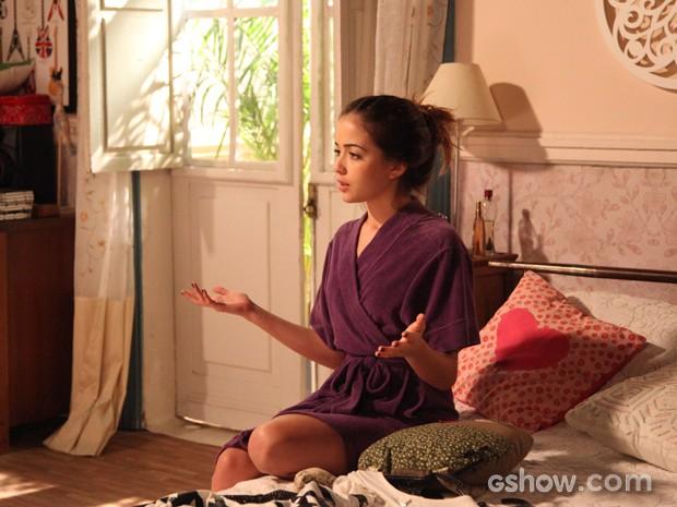 Flaviana dando conselhos para Sofia (Foto: Carol Caminha / Tv Globo)