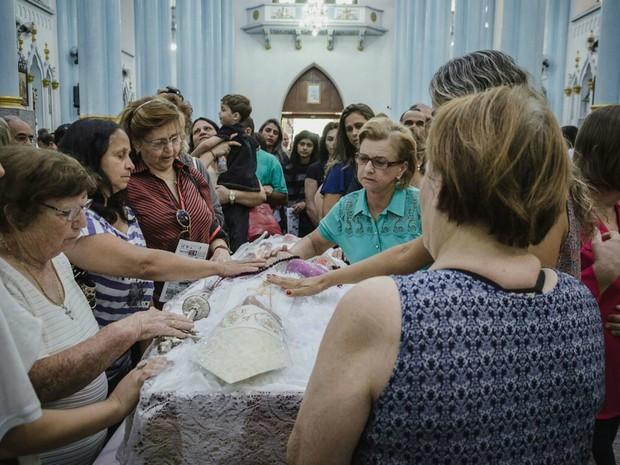 Corpo de Dom Diógenes Silva Matthes é velado na Catedral de Franca, SP (Foto: Igor do Vale/Divulgação)