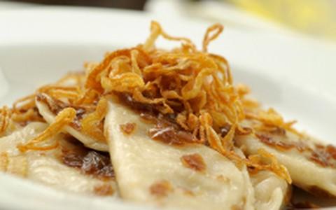 Ravióli de batata e cebola