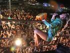 Claudia Leitte encanta público e é estrela da segunda noite de Carnatal