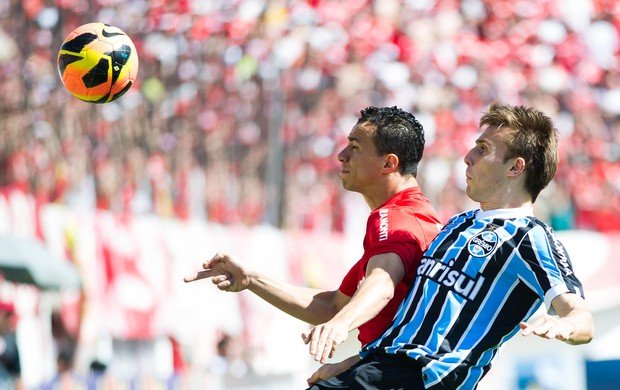 BRESSAN LEANDRO DAMIÃO INTERNACIONAL X GREMIO (Foto: Vinicius Costa/Preview.com/Agência Estado)