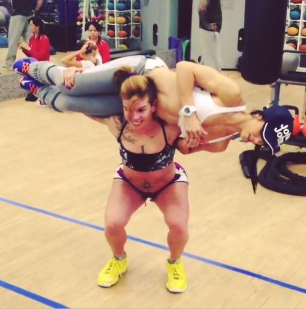 Penelope Nova e Bella Falconi malhando (Foto: Instagram/Reprodução)