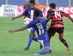 Moto Club e Bacabal jogam no Estádio Nhozinho Santos pela Copa União de 2010 (Foto: Biné Morais)