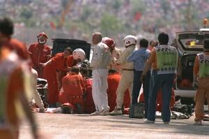 """""""Bernie informou morte de Senna antes de prova acabar"""" (Getty Images)"""