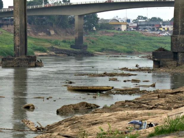 Após 25 dias baixando de forma consecutiva, Rio Acre subiu três centímetros nas últimas 24 horas  (Foto: Reprodução/Rede Amazônica Acre)