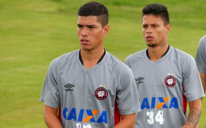 Lucas Olaza Rafinha Atlético-PR (Foto: Monique Silva)