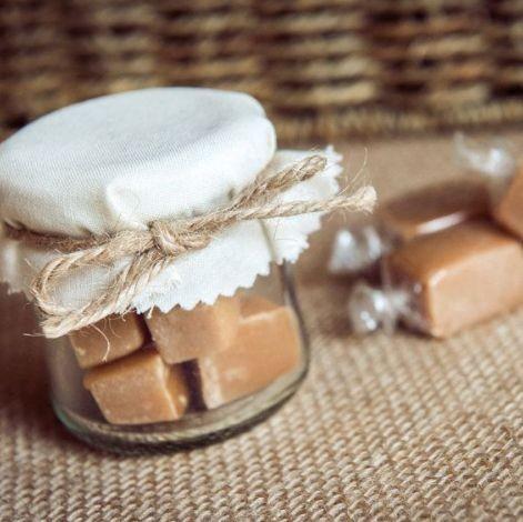 Potinhos cheios de doce (Foto: Pinterest)